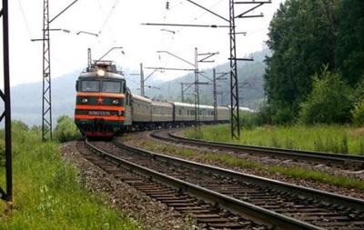 Из-за взрыва участка на ж/д в Луганской области закрыто движение ряда поездов