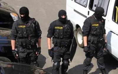 Участникам совместного патрулирования милиция Донецка поможет в получении оружия