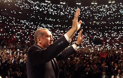 Эрдоган отверг критику Запада в свой адрес