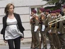 Министром обороны Испании стала женщина на седьмом месяце беременности