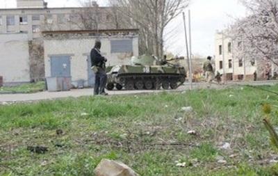 Террористы обстреливают жилые кварталы Славянска - Селезнев