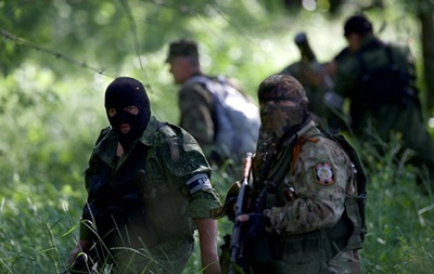 Около 40 боевиков захватили школу в Донецке - МВД