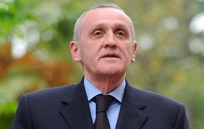 Президент Абхазии надеется вернуть ситуацию в республике в законное русло
