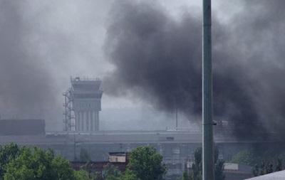 Фасад здания донецкого аэропорта полностью разрушен из-за боев