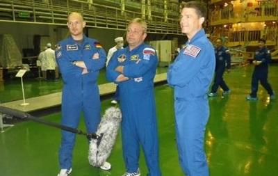 Корабль Союз с новым экипажем успешно пристыковался к МКС