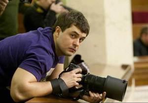 В Киеве убит фотограф еженедельника 2000 Виталий Розвадовский