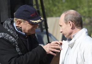 Более ста деятелей российского кино выступили против  авторитарного  руководства Михалкова