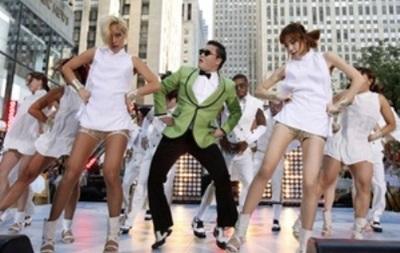 Клип Gangnam Style впервые в истории YouTube набрал более двух млрд просмотров