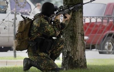 В больницы Донецка поступают жители с огнестрельными ранениями - МВД