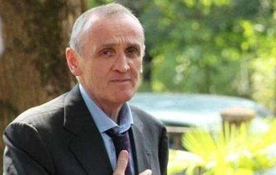 Александр Анкваб уходит с поста президента Абхазии