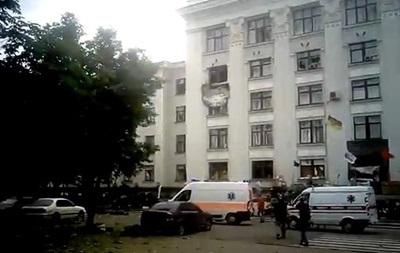 В результате взрыва в Луганской ОГА погибли два человека