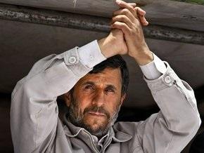 Выборы в Иране: Ахмадинежад побеждает, оппозиция подает в суд (обновлено)