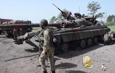 На блокпосту под Славянском появились танки Т-64