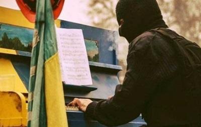 Пианист-экстремист даст концерт в честь своего дня рождения