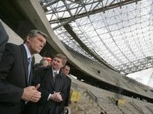 Ющенко едет открывать новый стадион в Днепропетровске