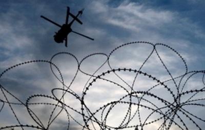 В Канаде трое заключенных сбежали из тюрьмы на вертолете