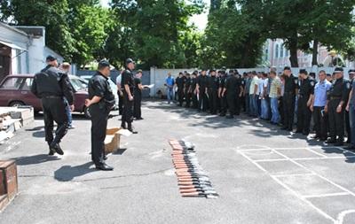 Предприниматели передали батальону Полтава саперные лопаты и солдатские котелки