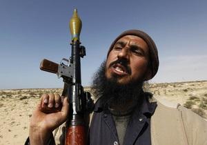 СМИ: Ливийские повстанцы взяли под контроль город Рас-Лануф, но потеряли Эз-Завию