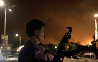 Нападение боевиков на аэропорт Карачи: погибли более 20 человек