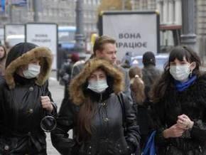 Студентов киевских вузов заставят две недели ходить в масках