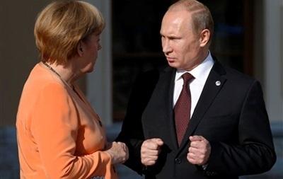 Путин и Меркель обсудили ход трехсторонних переговоров по газу