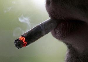 В Индонезии у мужчины во рту загадочным образом взорвалась сигарета