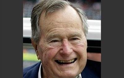 Буш-старший в свой 90-й день рождения прыгнет с парашютом