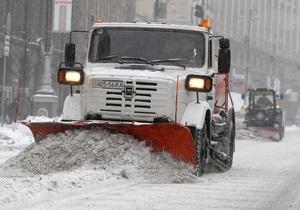 Киевские власти намерены до нового года ликвидировать последствия снегопада