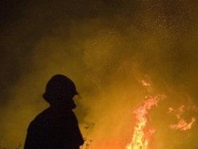 В Киеве фура загорелась во время движения