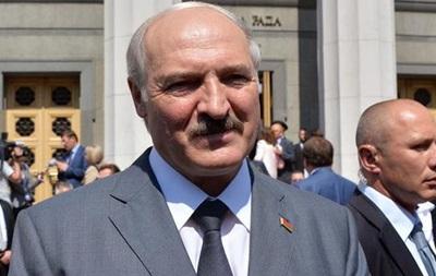 Почему Лукашенко демонстративно поддерживает Киев - DW