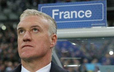 Тренер сборной Франции пожаловался на беспилотник