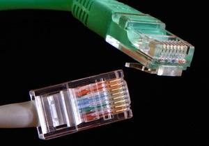 Нобелевские лауреаты нашли способ увеличить скорость интернета в десятки раз