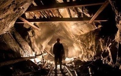 В Донецкой области ночью загорелась шахта