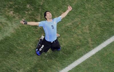 Луис Суарес приносит Уругваю победу над Англией