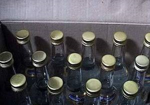 Россия - Под Москвой изъят миллион бутылок поддельной водки