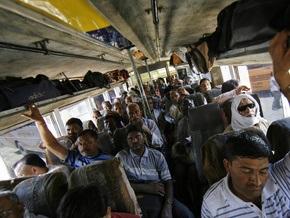 В Индии сгорел автобус: 15 человек погибли