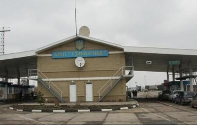 Девять пограничников ранено при обстреле пунктов Изварино и Успенка - Минобороны