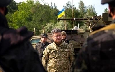 Порошенко: Армия будет адекватно реагировать на несоблюдение мирного плана