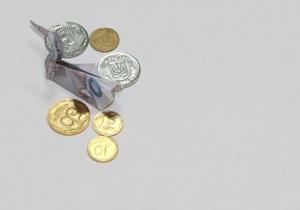 Межбанковский рынок закрылся падением евро на восемь ступеней