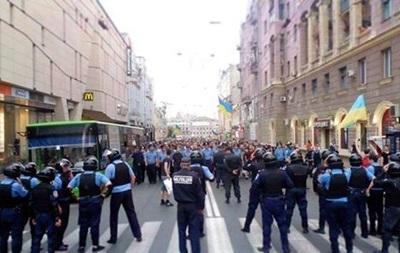 В Харькове на митингах пострадали два человека, десятки задержаны