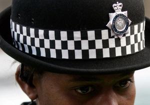 Литовца оштрафовали за попытку ударить женщину-полицейского половым органом