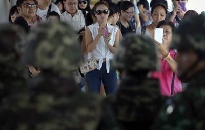 В Таиланде организовано движение противников военного переворота