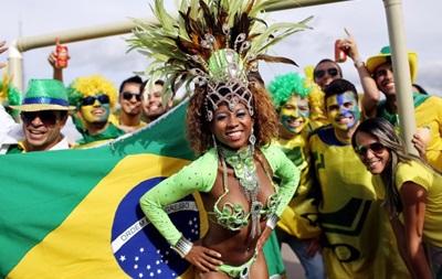 Фотогалерея. Бразильский карнавал: Лучшие кадры фанатов на ЧМ-2014