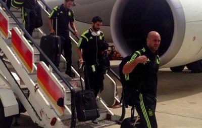 В самолет сборной Испании попала молния