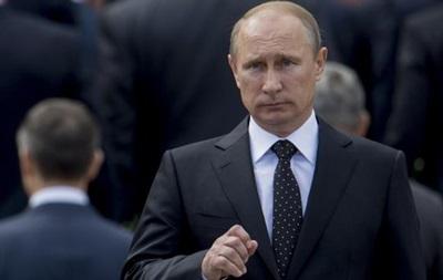 Две трети россиян хотят видеть Путина президентом после 2018 года