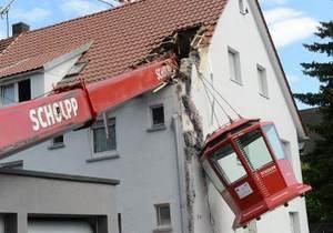 В Германии при падении смотровой кабины пострадали 13 человек