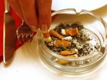 Ученые установили причину возникновения рака у курильщиков
