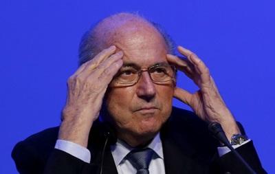 Президент FIFA: Суарес поступил непорядочно, укусив соперника