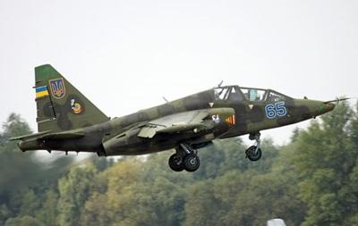 У сепаратистов есть зенитки, которыми пытались сбить Су-25 - спикер АТО