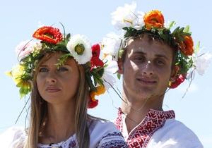 Власть и оппозиция поздравили молодых украинцев с Днем молодежи (обновлено)